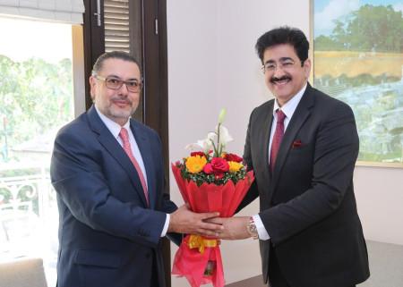 Sandeep Marwah And H.E. Giovanni Castillo